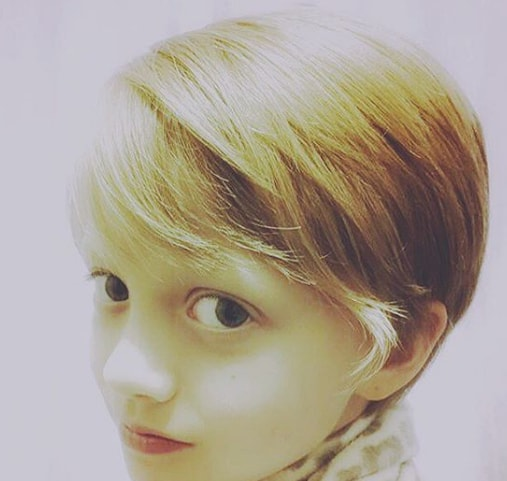 Side Swept Layers Hairstyle for Little Girl