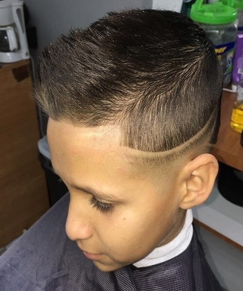 Casually Combed Back Top With Disconnected Undercut