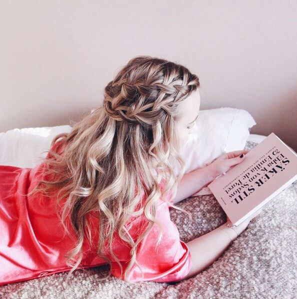 Wrap Around Braid With Loose Curls