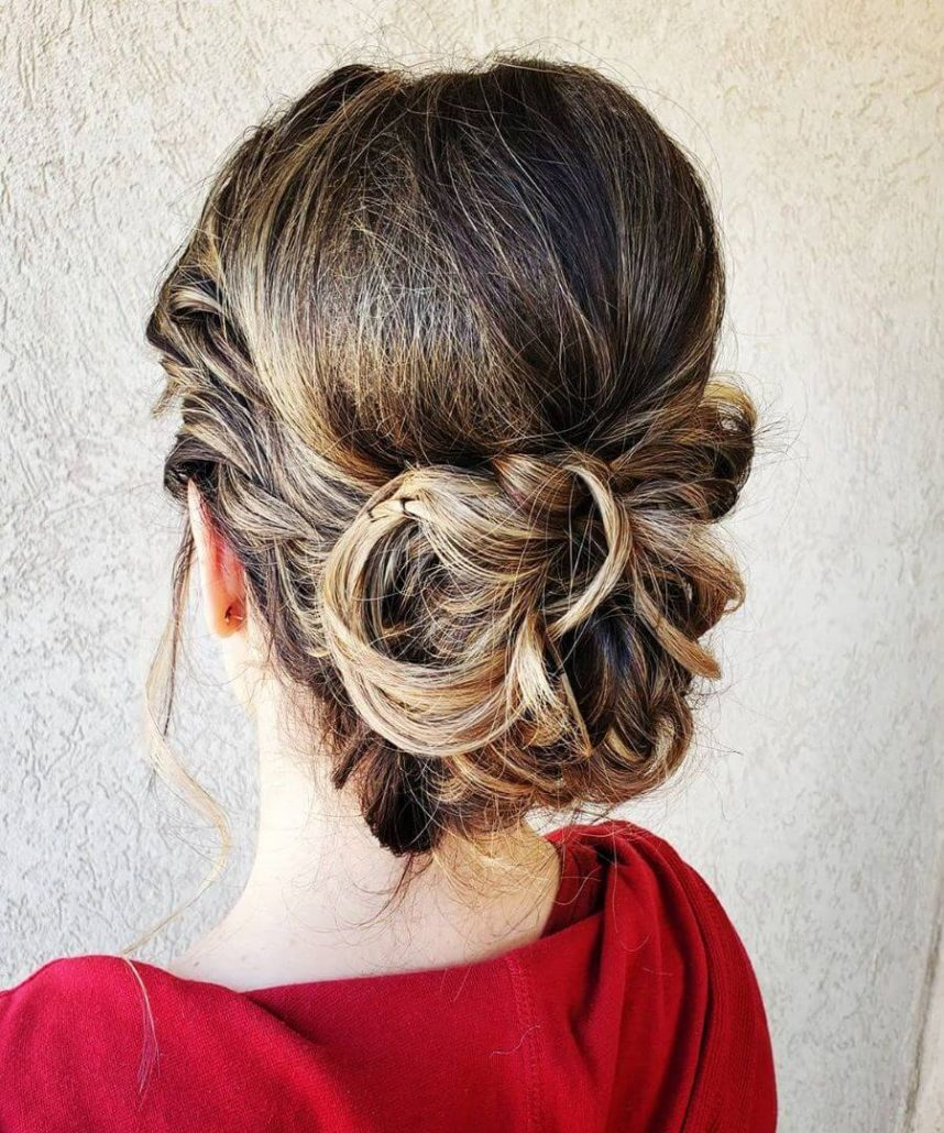 Knotted Bun With Side Braid