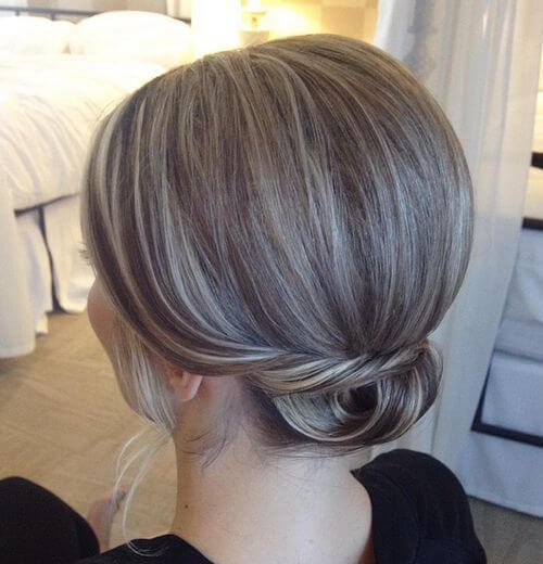 Small Low Hair Bun With a Bouffant