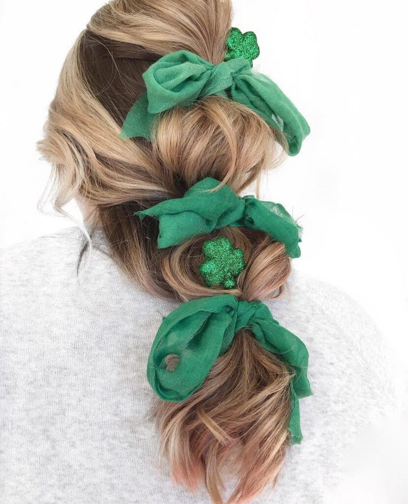 Shamrock clips with Bow