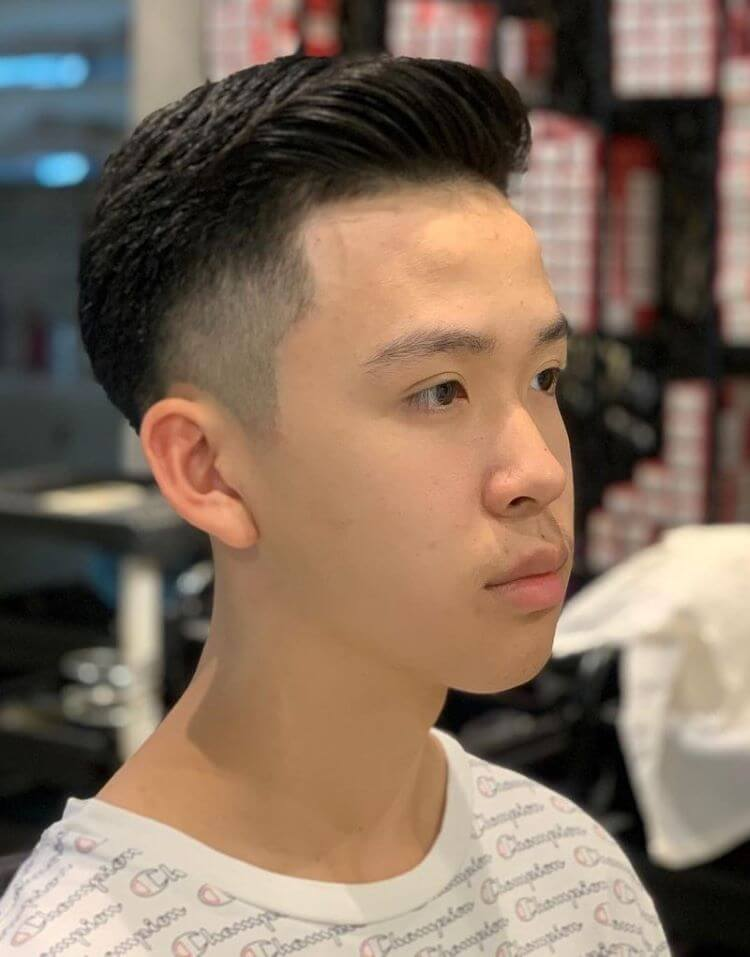 Textured Combover With Low Skin Fade