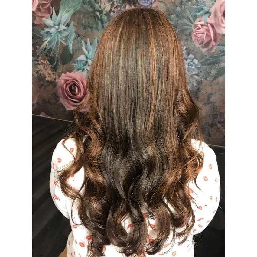Long Wavy Back With Highlights