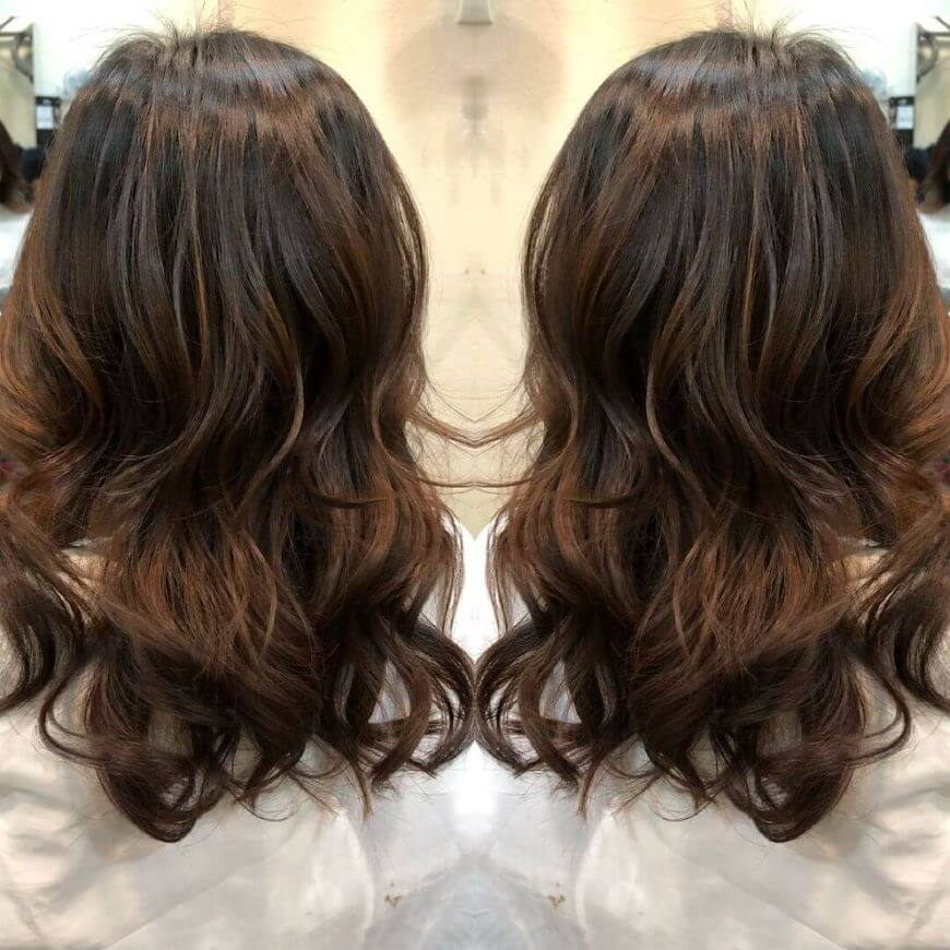 Open Wavy Back With Brown Highlights