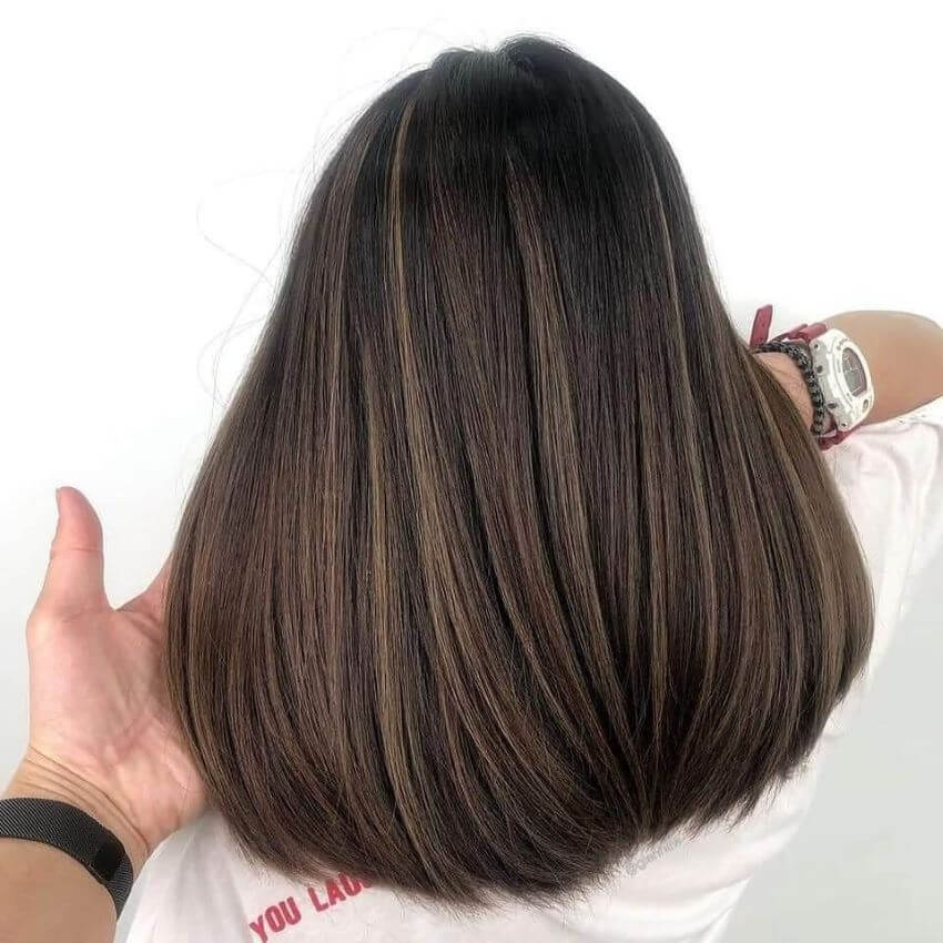 Round Bottom Hairstyle With Highlights