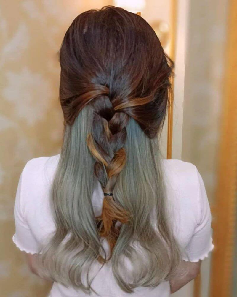 Loose Hair With Braided Tail And Highlights